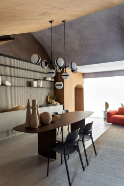 18 Modern Italian Apartment Is Designed In Wood 22