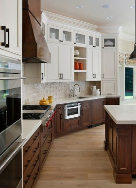 18 Two Tone Kitchen Cabinets To Reinspire Your Favorite Spot In The House 17