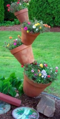 19 Adorable DIY Outdoor Planter Ideas 28