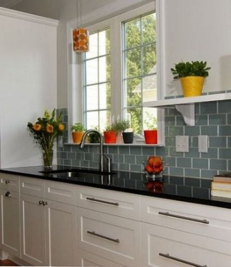 19 Glass Backsplash Ideas To Spark Your Renovation Ideas 13