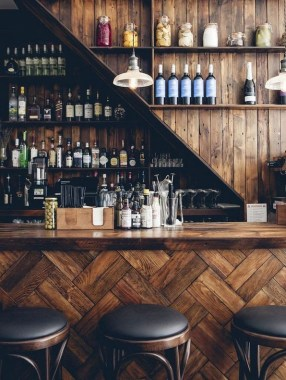 19 Home Bar Decorating Ideas That Are One Of A Kind 12