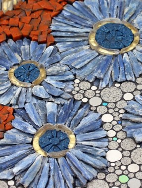 17 Beautiful Pebble Mosaic Patterns To Inspire You 14