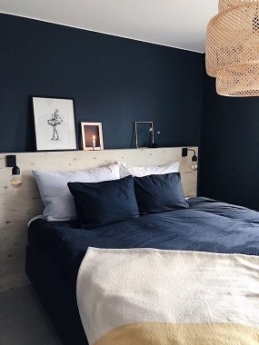 18 Creative Ideas To DIY Your Bed Headboard 19
