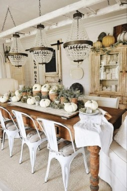 18 DIY Centerpiece Ideas To Beautify Your Dining Room This Fall 20