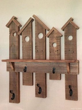 18 Functional DIY Pallet Wood Project Ideas 24