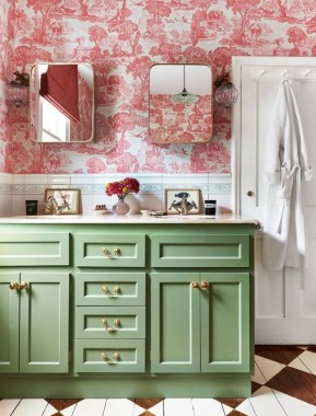 19 Bold Wallpapers That Will Upgrade Bathroom Design To Look More Eye 16