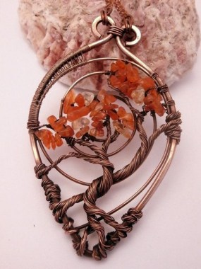 19 Creative DIY Wire Wrapped Jewelry Craft Ideas 02