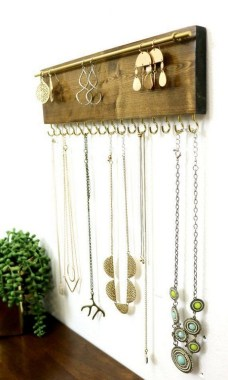 19 Jewelry Organizer That Easy To Make Without Breaking The Bank 04