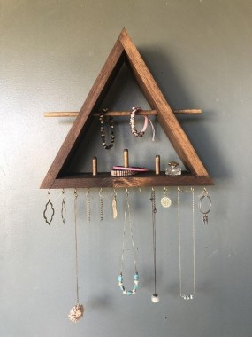 19 Jewelry Organizer That Easy To Make Without Breaking The Bank 17