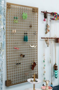 19 Jewelry Organizer That Easy To Make Without Breaking The Bank 27