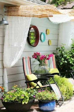 20 DIY Outdoor Sun Shades That Add Color To Your Outdoor Decor 16