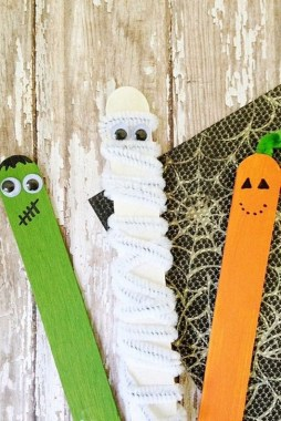 21 Awesome DIY Classroom Halloween Craft Ideas 03