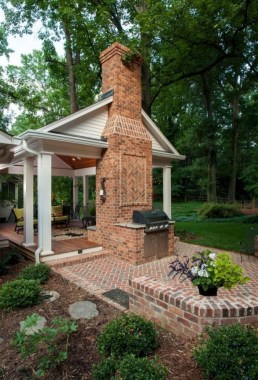 21 Beautiful Outdoor Fireplace Design Ideas 31
