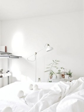 21 Minimalist All White Room Decor Ideas To Inspire You 01