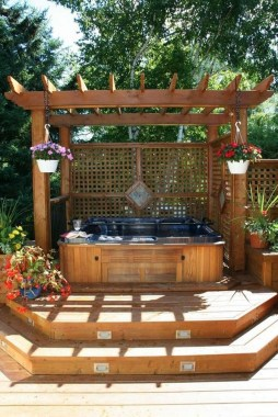 21 Outdoor Jacuzzi Ideas That Will Make You Want To Plunge Right In 02