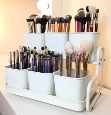 21 Pretty Chic DIY Makeup Storage Ideas For An Inexpensive One 16