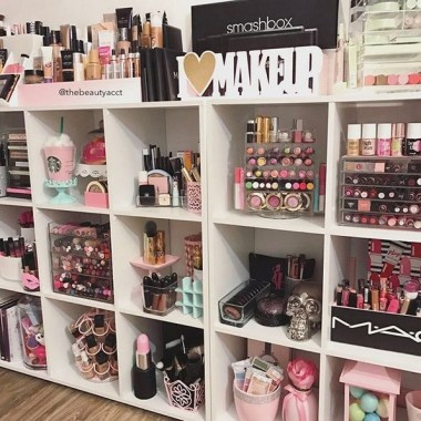 21 Pretty Chic DIY Makeup Storage Ideas For An Inexpensive One 20