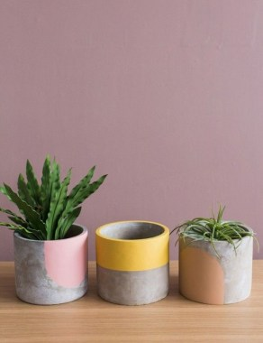 25 Modern DIY Concrete Crafts For Spring Decoration That Easy To Make 01