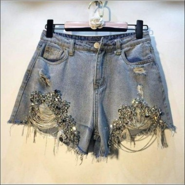21 Attractive DIY Shorts Ideas To Try This Summer 22