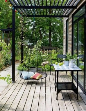 21 Beautiful Outdoor Space With Canopy Designs 01