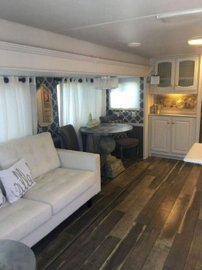 21 RV Living Decor To Make Road Trip So Awesome 21