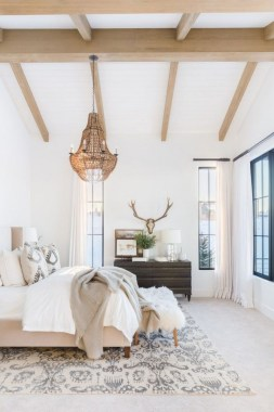 23 Best Modern Farmhouse Bedroom Decor Ideas 02