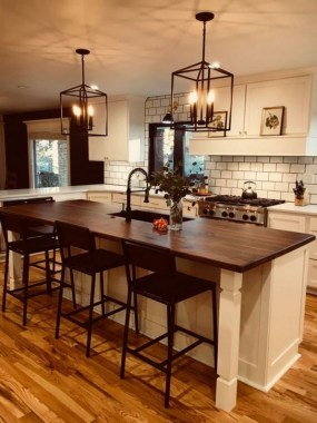 24 Awesome Yet Functional Kitchen Island Design Ideas 01