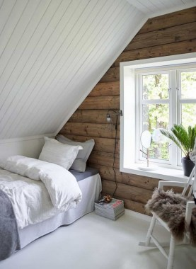 24 Cozy Loft Bedroom Design Ideas For Small Space 10