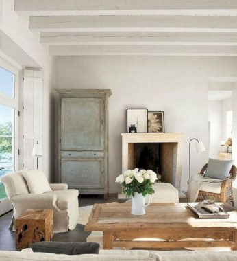 24 Incredible European Farmhouse Living Room Design Ideas 16