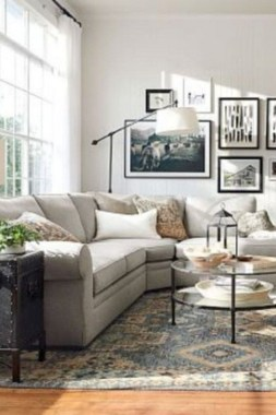 24 Incredible European Farmhouse Living Room Design Ideas 21