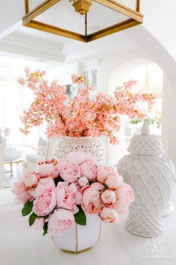 25 Adorable Ways To Bring The Spring To Your Home 28