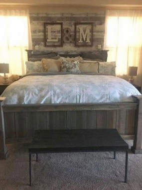 25 Awesome Rustic Bedroom Furniture Ideas To Get The Farmhouse Charm 23
