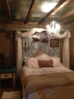 25 Awesome Rustic Bedroom Furniture Ideas To Get The Farmhouse Charm 28