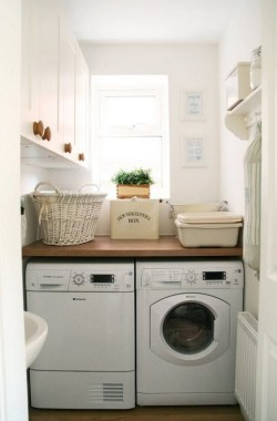 26 Beautiful And Functional Small Laundry Room Design Ideas 10