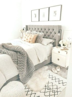 26 Chic Teenage Girl Bedroom Decorating Ideas 03