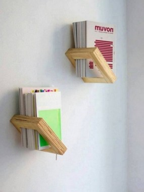 27 DIY Bookshelf Designs From Unused Goods 13