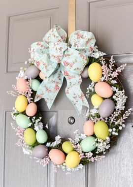 27 DIY Spring Wreaths To Freshen Up Your Front Door 01