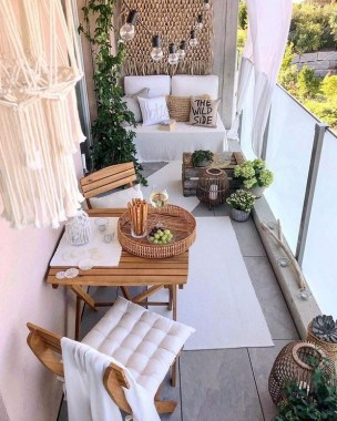 27 Smart Ways To Maximize Your Small Balcony Space With Budget Friendly 24