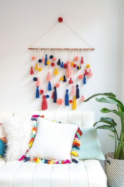 28 Adorable Wall Decorations To Fill Your Blank Space Wall 19