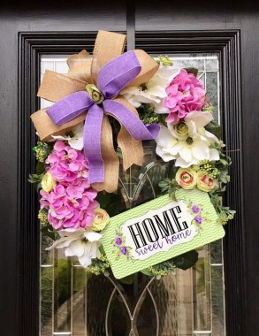 28 Cheery Spring Wreath Ideas To Beautify Your Front Door 03