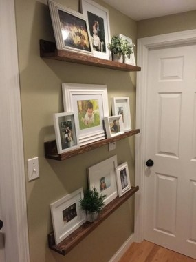 28 Creative Ways To Fill Your Plain Walls By Showing Off Your Mini Photo Collections 29