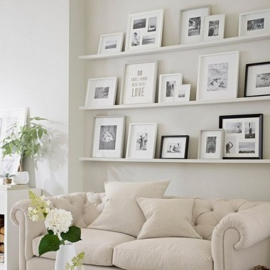 28 Creative Ways To Fill Your Plain Walls By Showing Off Your Mini Photo Collections 31