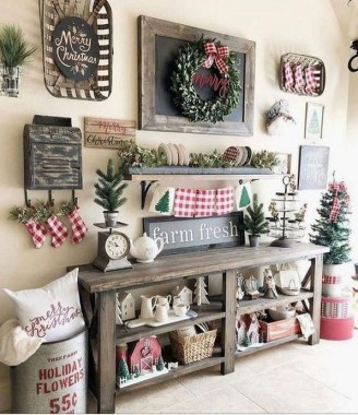 28 Cute Farmhouse Christmas Decoration Ideas 09