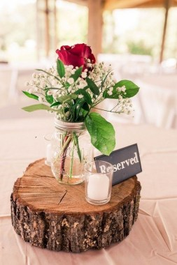 30 Charming Rustic Centerpieces That Will Fill Up Your Tables 13