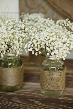 30 Charming Rustic Centerpieces That Will Fill Up Your Tables 17