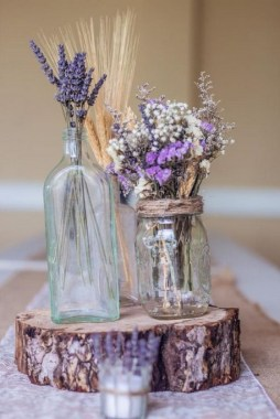 30 Charming Rustic Centerpieces That Will Fill Up Your Tables 22