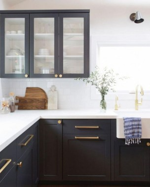 30 Stylish Black Kitchen Cabinets That Instantly Upgrade Your Kitchen Look 07