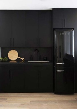 30 Stylish Black Kitchen Cabinets That Instantly Upgrade Your Kitchen Look 15