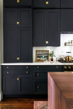 30 Stylish Black Kitchen Cabinets That Instantly Upgrade Your Kitchen Look 26