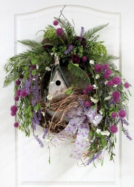 33 Beautiful Spring Wreath To Make It Yourself At Home 19
